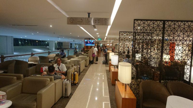 ガルーダインドネシア航空 ジャカルタ国内線 ビジネスクラスラウンジ