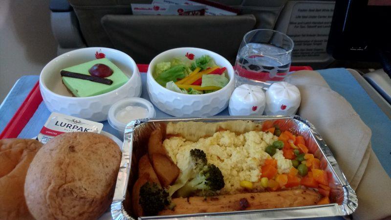マリンドエア ビジネスクラス 機内食