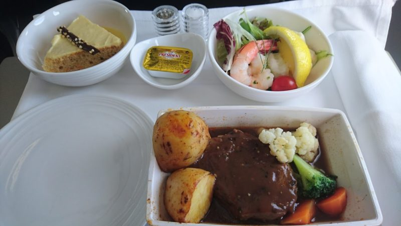 MH759 ビジネスクラス 機内食