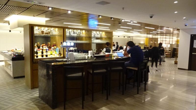 香港 シンガポール航空 シルバークリスラウンジ