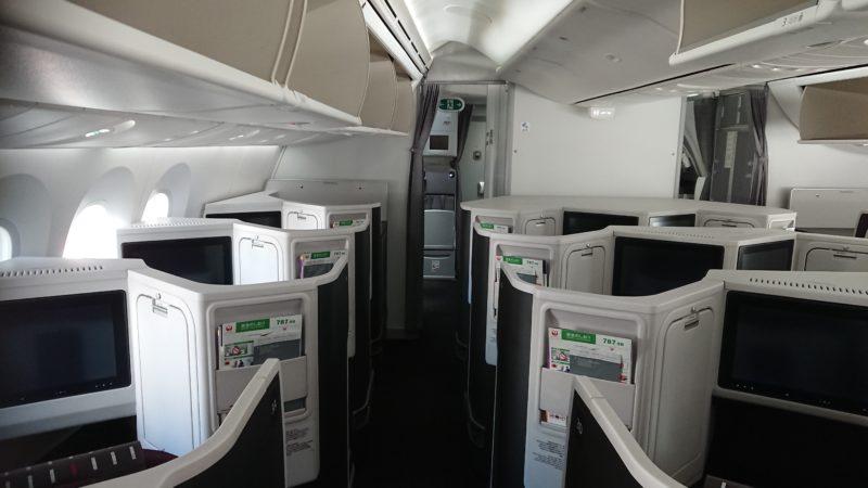 JAL B787-900機材 客室