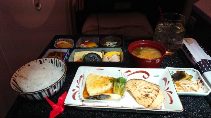 JL720 15FEB19 ビジネスクラス 機内食