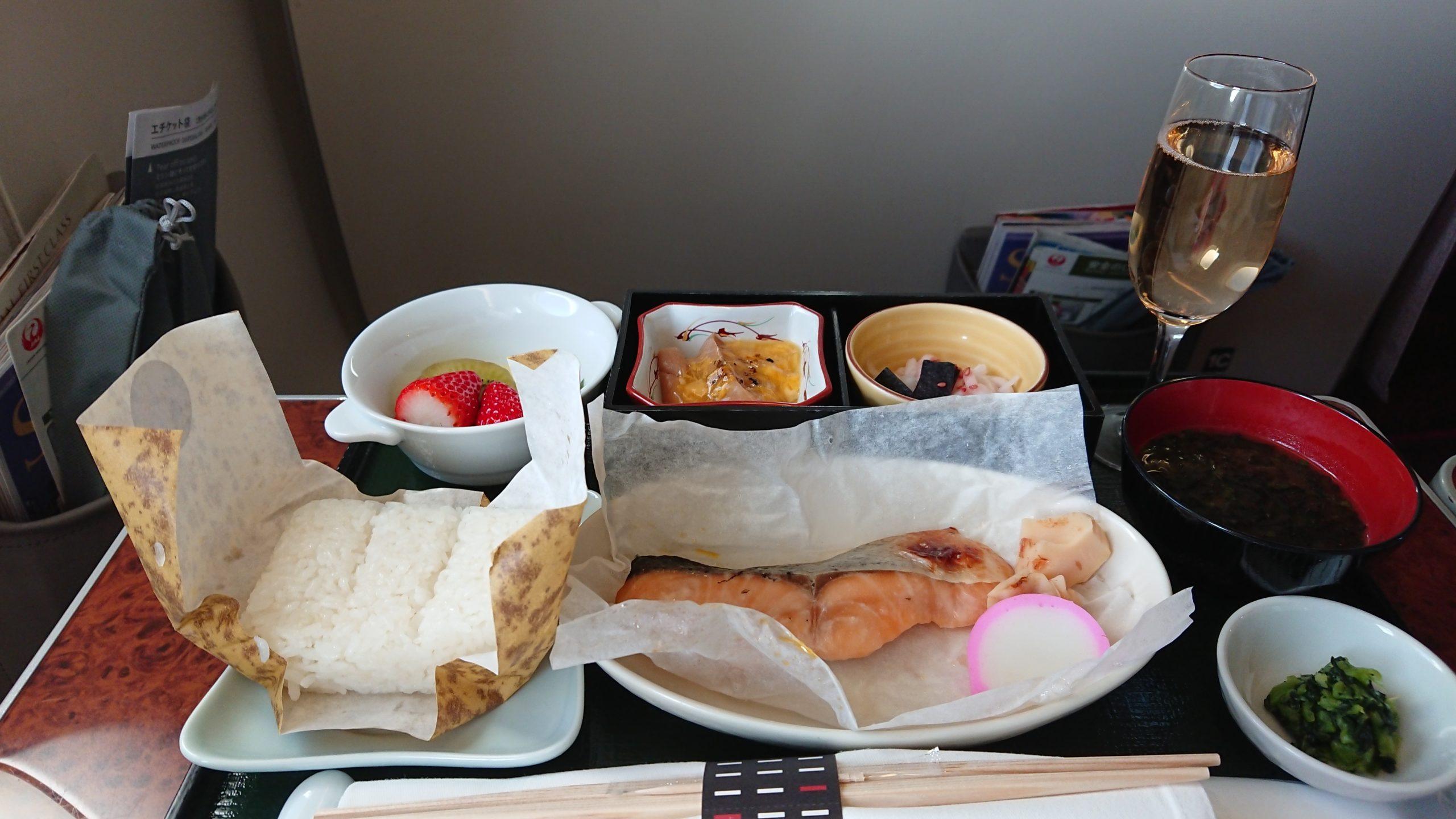 JAL JL908 19FEB19 ファーストクラス 機内食