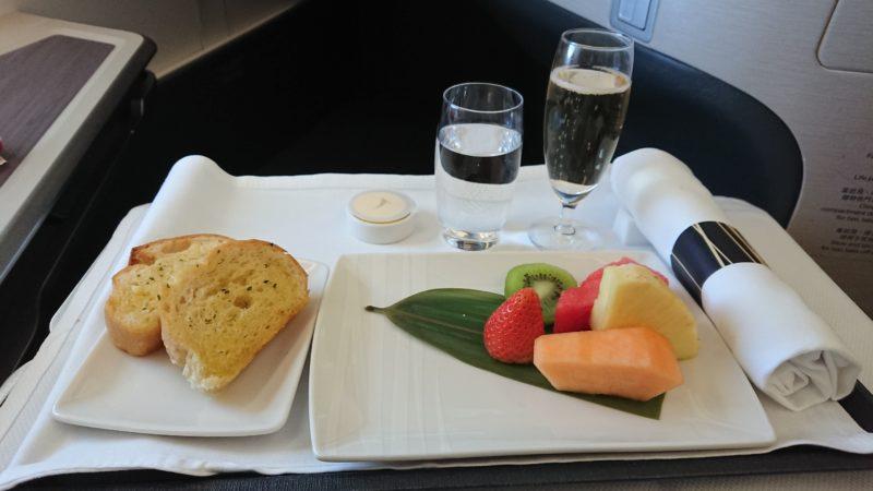CX635 19.3.13 HKG-SIN キャセイパシフィック ビジネスクラス 機内食