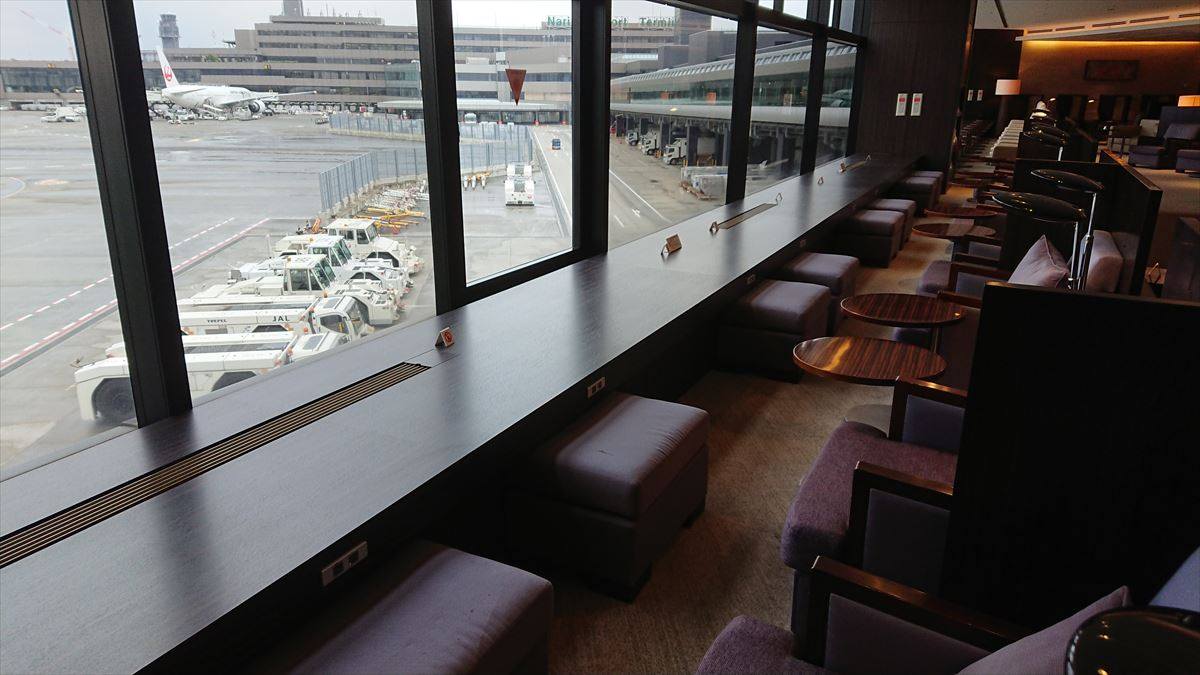 成田空港 JAL ファーストクラス ラウンジ サテライト