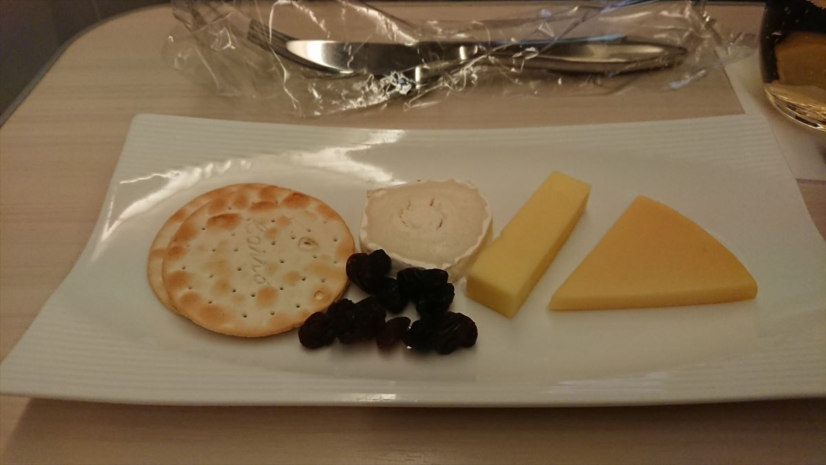 JL752 11MAY2019 HAN-NRT ビジネスクラス 機内食