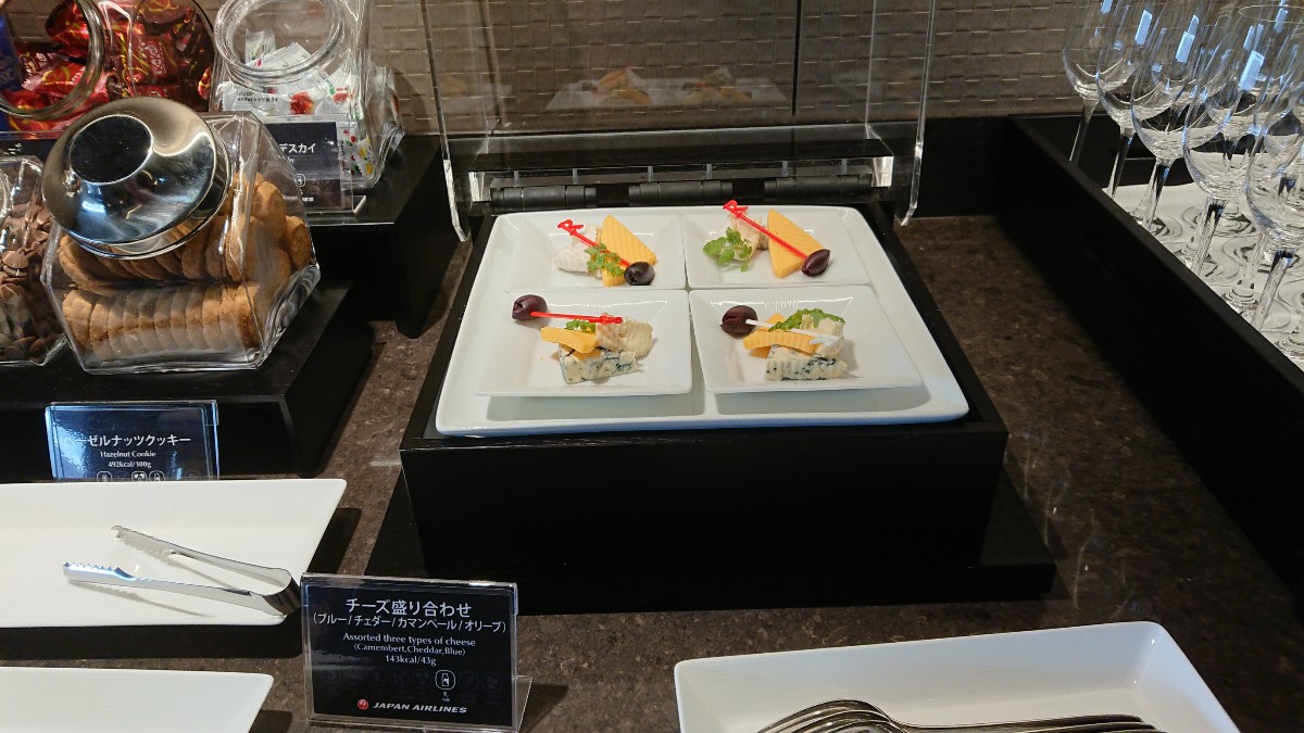 JAL ファーストクラスラウンジ 成田