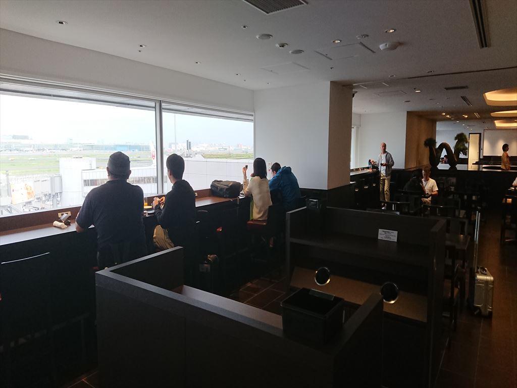 羽田空港 ダイヤモンド プレミア ラウンジ JAL