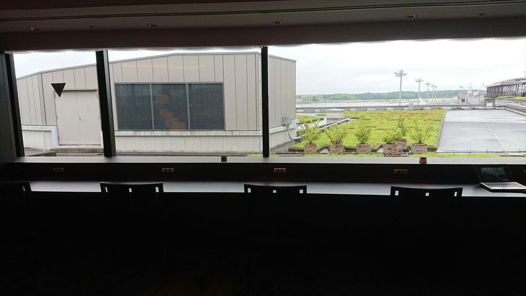 JAL 成田空港 ファーストクラスラウンジ