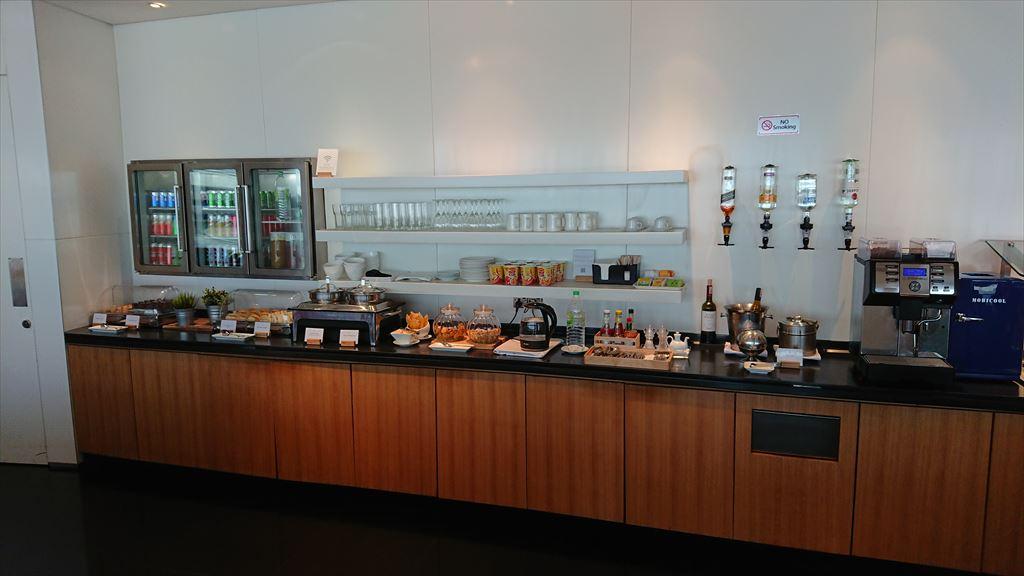 クアラルンプール国際空港 KLIA キャセイパシフィック ファースト&ビジネスクラス ラウンジ