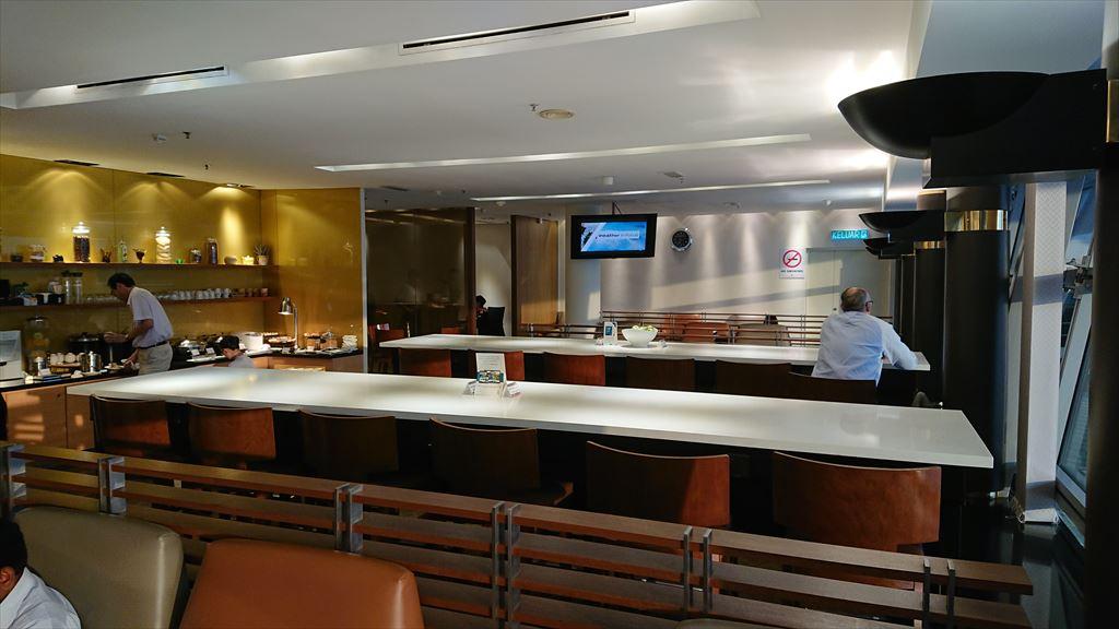 クアラルンプール国際空港 KLIA シンガポール航空 シルバークリス ラウンジ