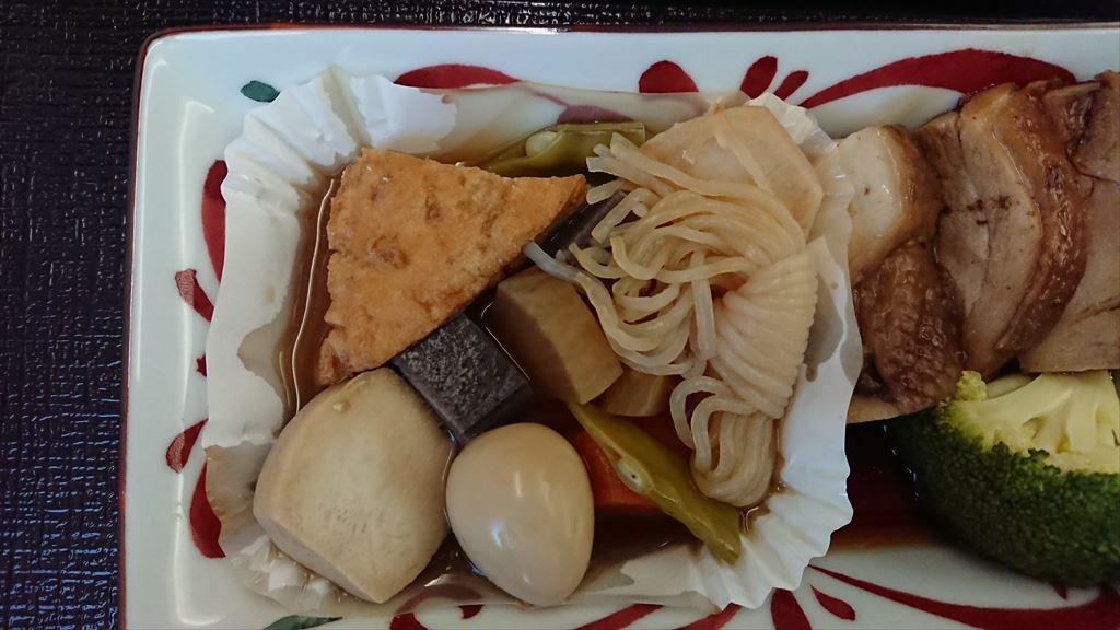 05OCT19 JL708 バンコク - 成田 ビジネスクラス 機内食 松茸も添えられています!!