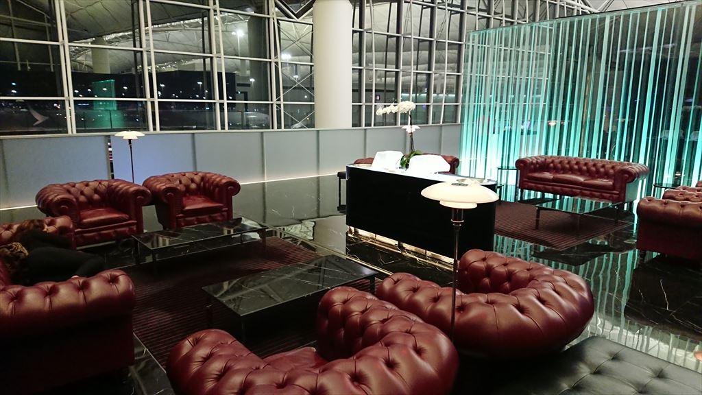 香港国際空港 キャセイパシフィック ファーストクラスラウンジ The Wing