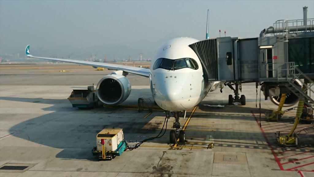 香港国際空港 キャセイパシフィック THE PIERFIRST LOUNGE