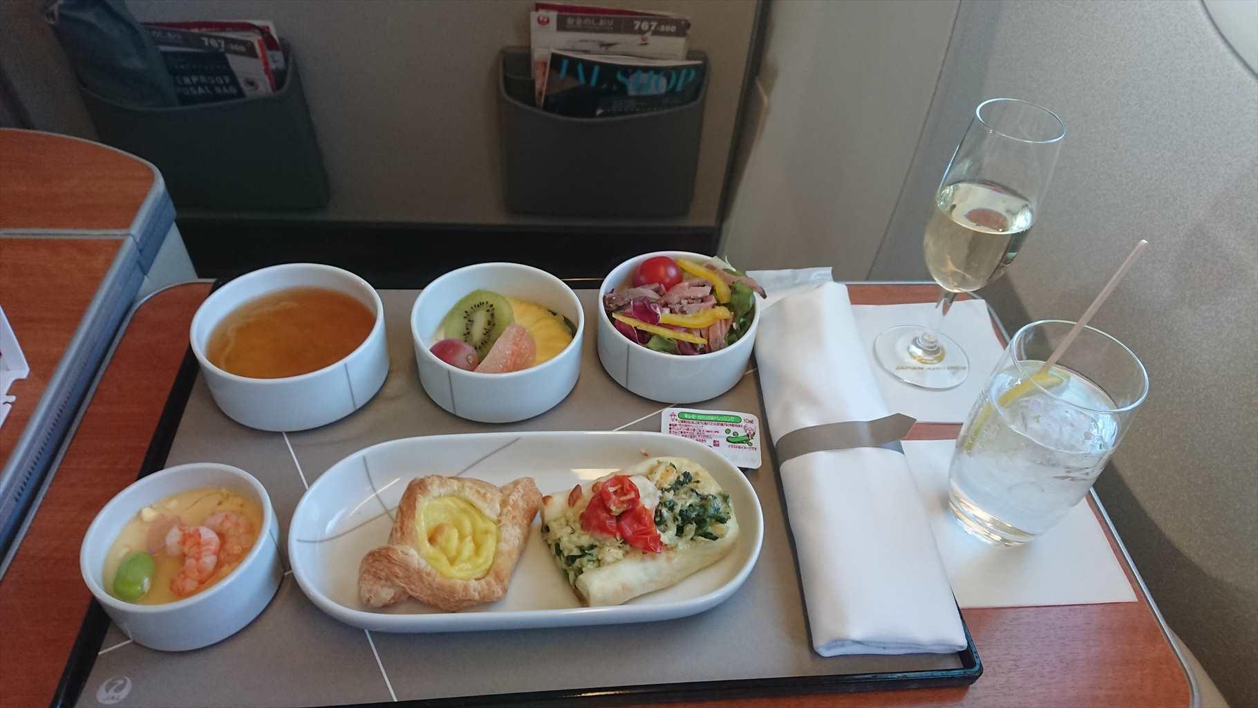 09MAR20 JL907 羽田-那覇 ファーストクラス 機内食
