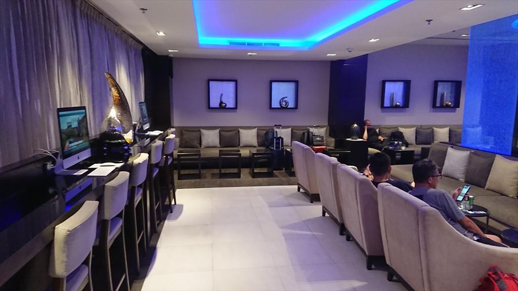 バンコク空港 オマーン航空 ファースト&ビジネスラウンジ