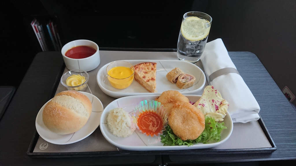 27MAR20 JL322 福岡~羽田 ファーストクラス 機内食