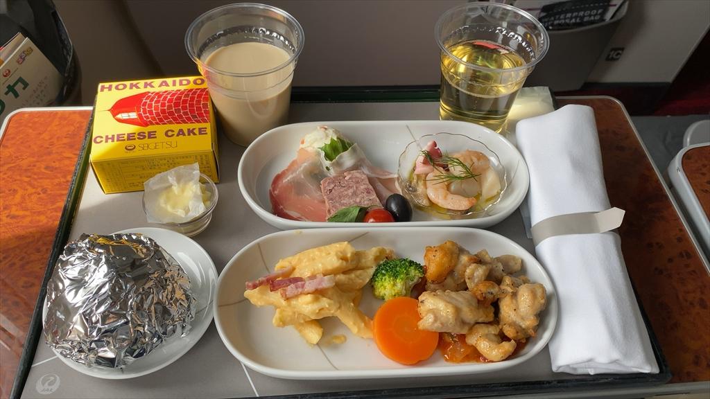11JUL20 JL513 羽田 ~ 札幌 ファーストクラス 機内食
