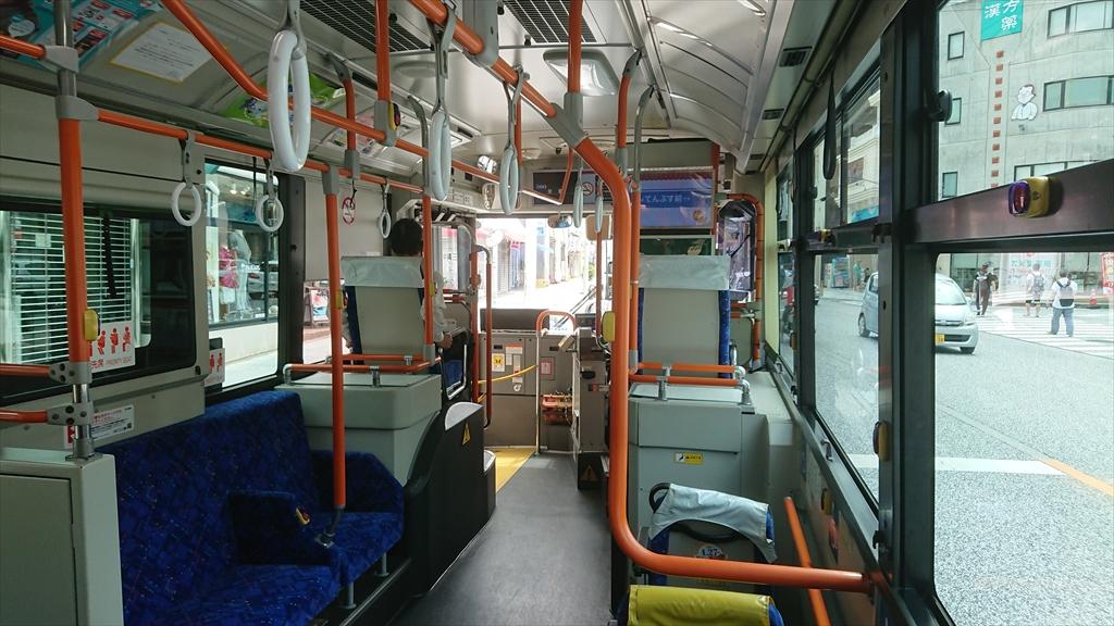 那覇でバスに乗ってみる