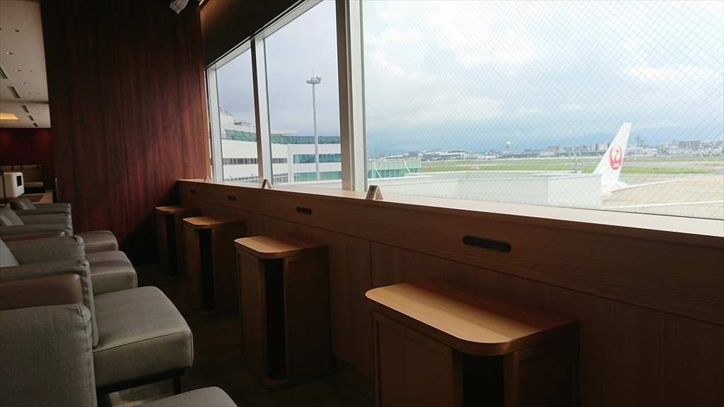 福岡空港 JAL DIAMOND PREMIER LOUNGE 20年07月訪問