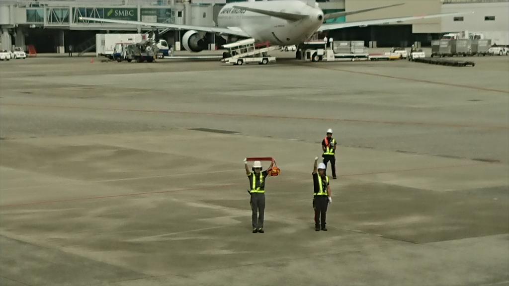 JL120 03AUG 伊丹~羽田 ファーストクラス