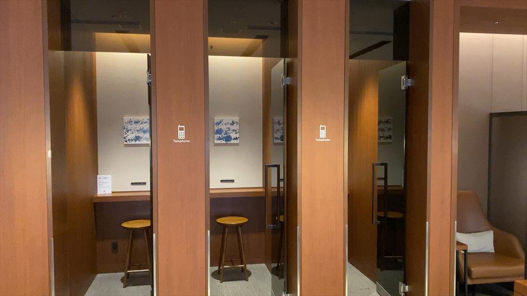 福岡空港 JAL サクララウンジ Sakura Lounge 20年08月訪問