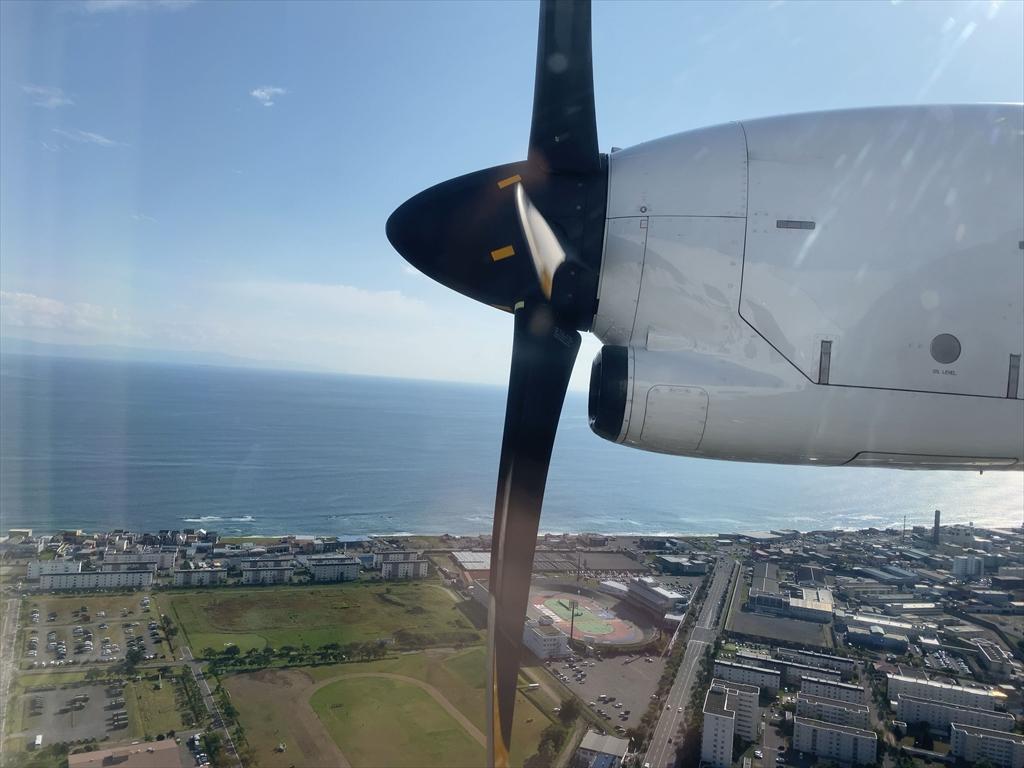 ATR42-600型機 JL2749 札幌(丘珠)~函館 普通席 搭乗記 02OCT20