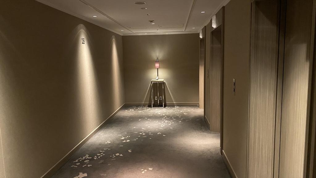 東京マリオットホテル エレベーターホールエレベーター