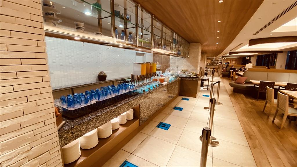 ヒルトン沖縄北谷リゾート スリユンレストラン