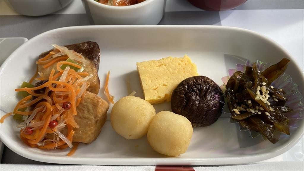JAL JL904 沖縄(那覇)~羽田 ファーストクラス機内食 20JAN21