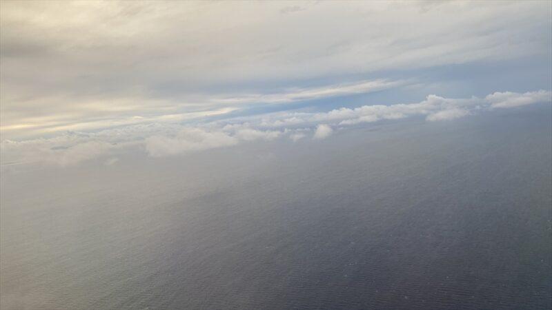ボーイングB777-200型機 JL916 羽田~沖縄(那覇) ファーストクラス 搭乗記 21JAN21