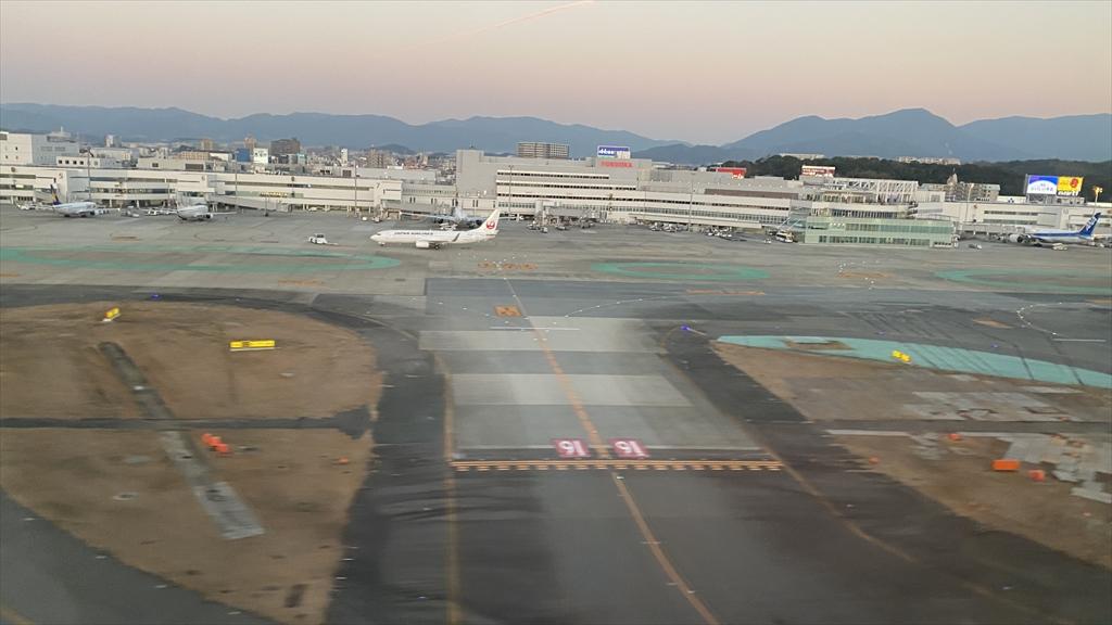 ボーイングB787-800型機 JL325 羽田~福岡 ファーストクラス 搭乗記 20JAN21