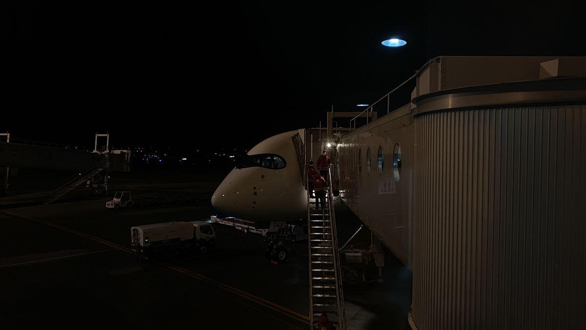 エアバスA350-900型機 JL529 羽田~札幌(新千歳) ファーストクラス 搭乗記 17MAR21