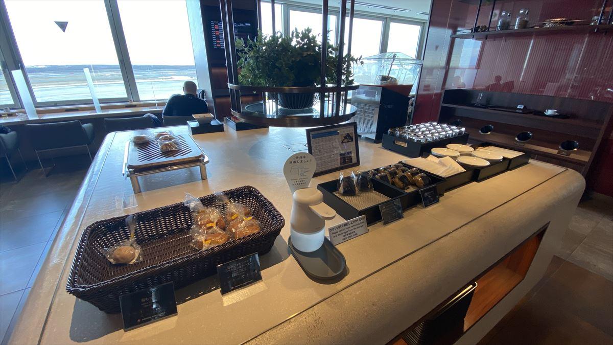 札幌・新千歳国際空港 JAL DIAMOND PREMIER LOUNGE 21年3月訪問