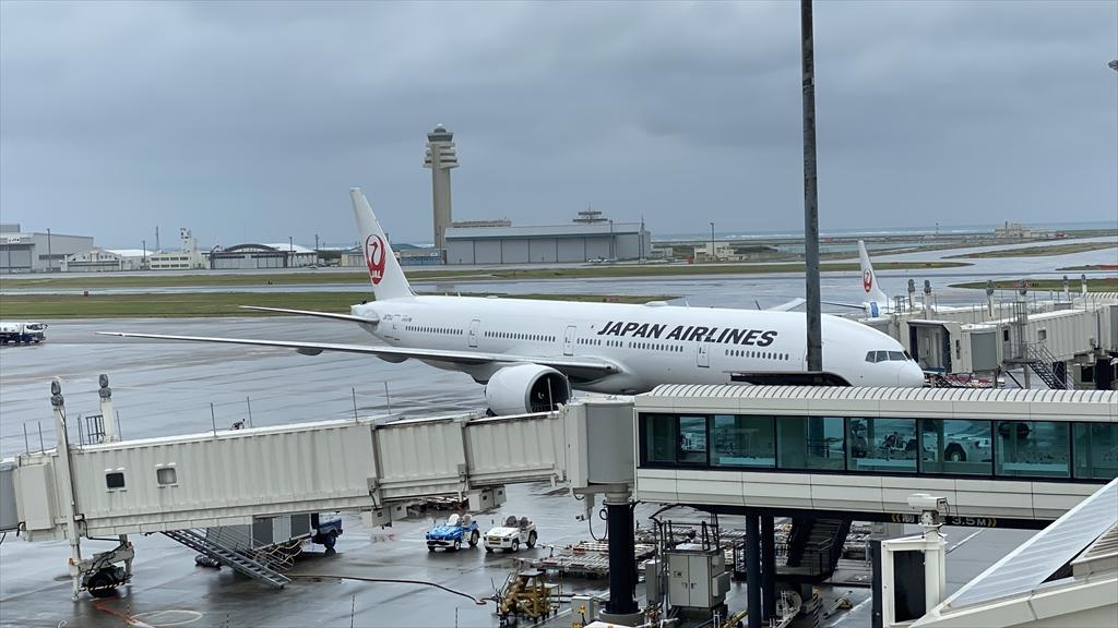 エアバスA350-900型機 JL920 沖縄(那覇)~羽田 ファーストクラス 搭乗記 23APR21