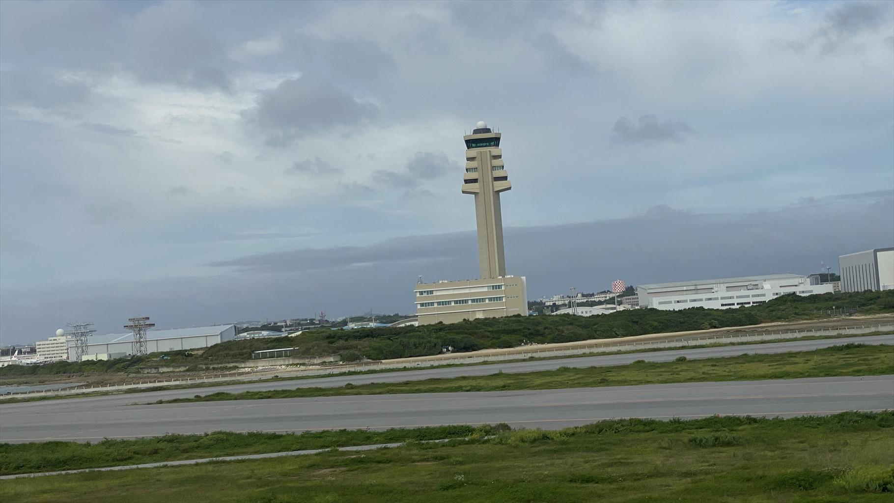 エアバスA350-900型機 JL919 沖縄(那覇)~羽田 ファーストクラス 搭乗記 01JUN21