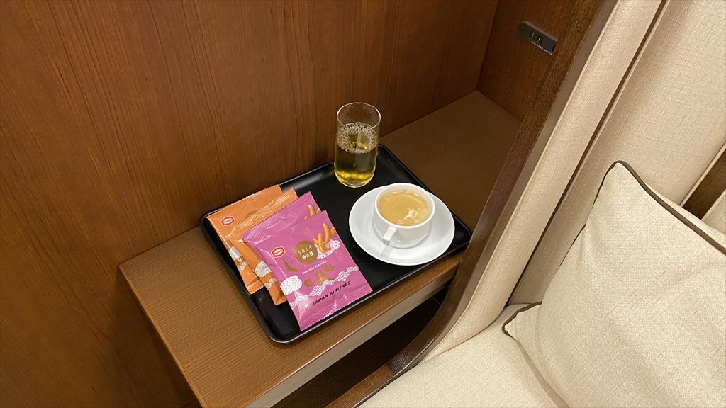 岡山空港 JAL サクララウンジ(SAKURA LOUNGE)訪問記 21年9月訪問