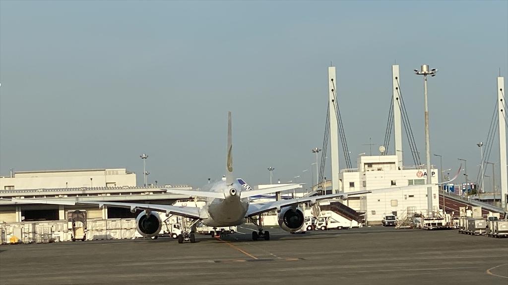 エアバスA350-900型機 JL921 羽田~那覇(沖縄) 搭乗記 ファーストクラス 05OCT21