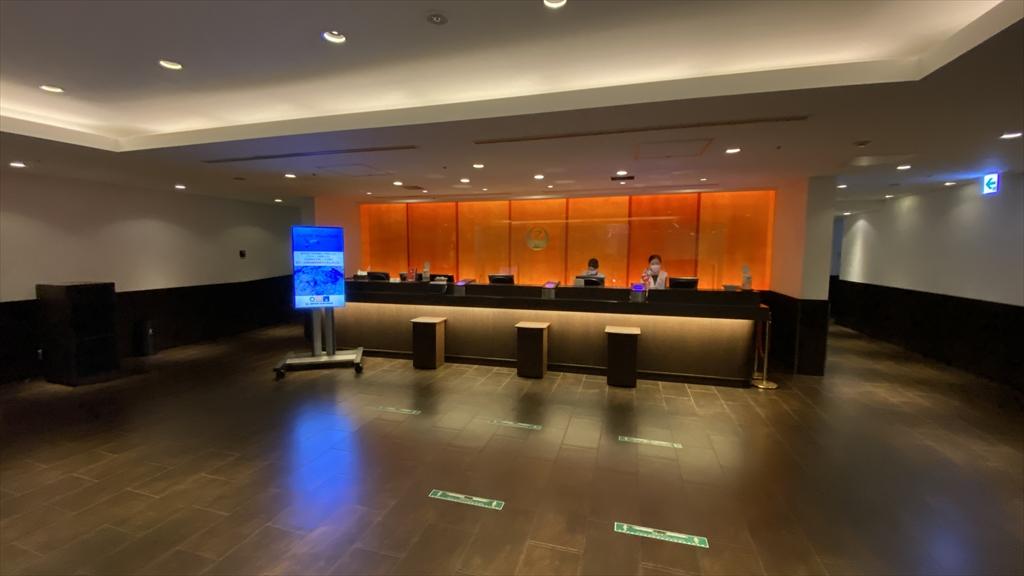 羽田空港 第一ターミナル 北ウィング JALラウンジ レセプション